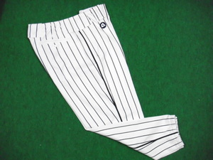 1940~43年の阪神のユニフォームパンツ