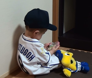 100cmから製作可能な幼児用野球ユニフォームシャツ・パンツ